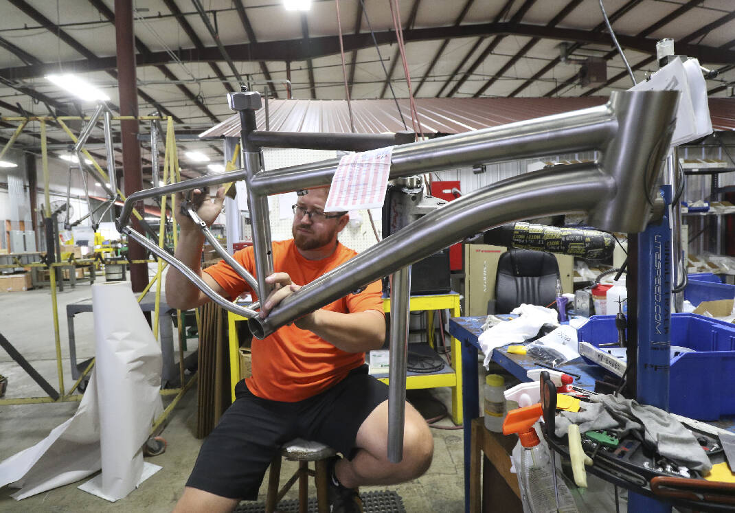 Innovation grant helps return 'some manufacturing back to Chattanooga' from Asia - Chattanooga Times Free Press